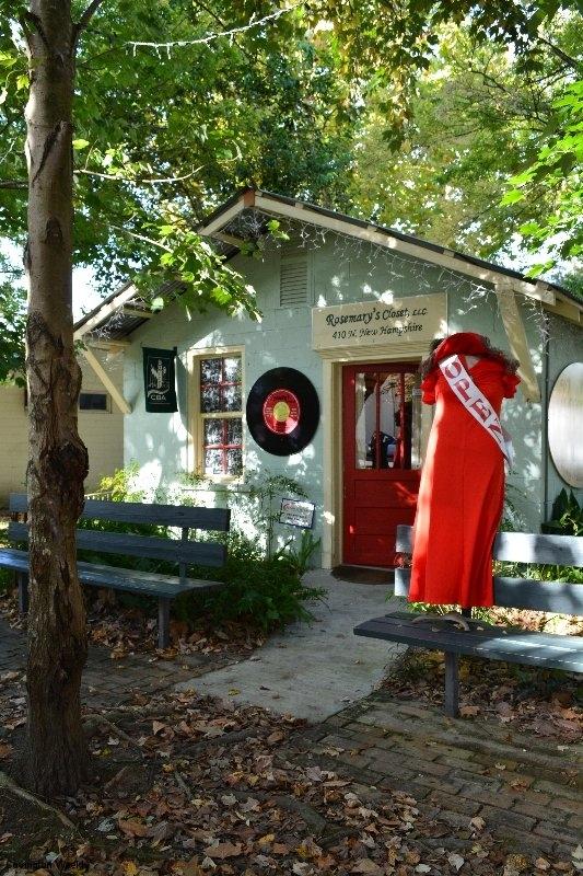 aRosemary's Closet, Downtown Covington, LA